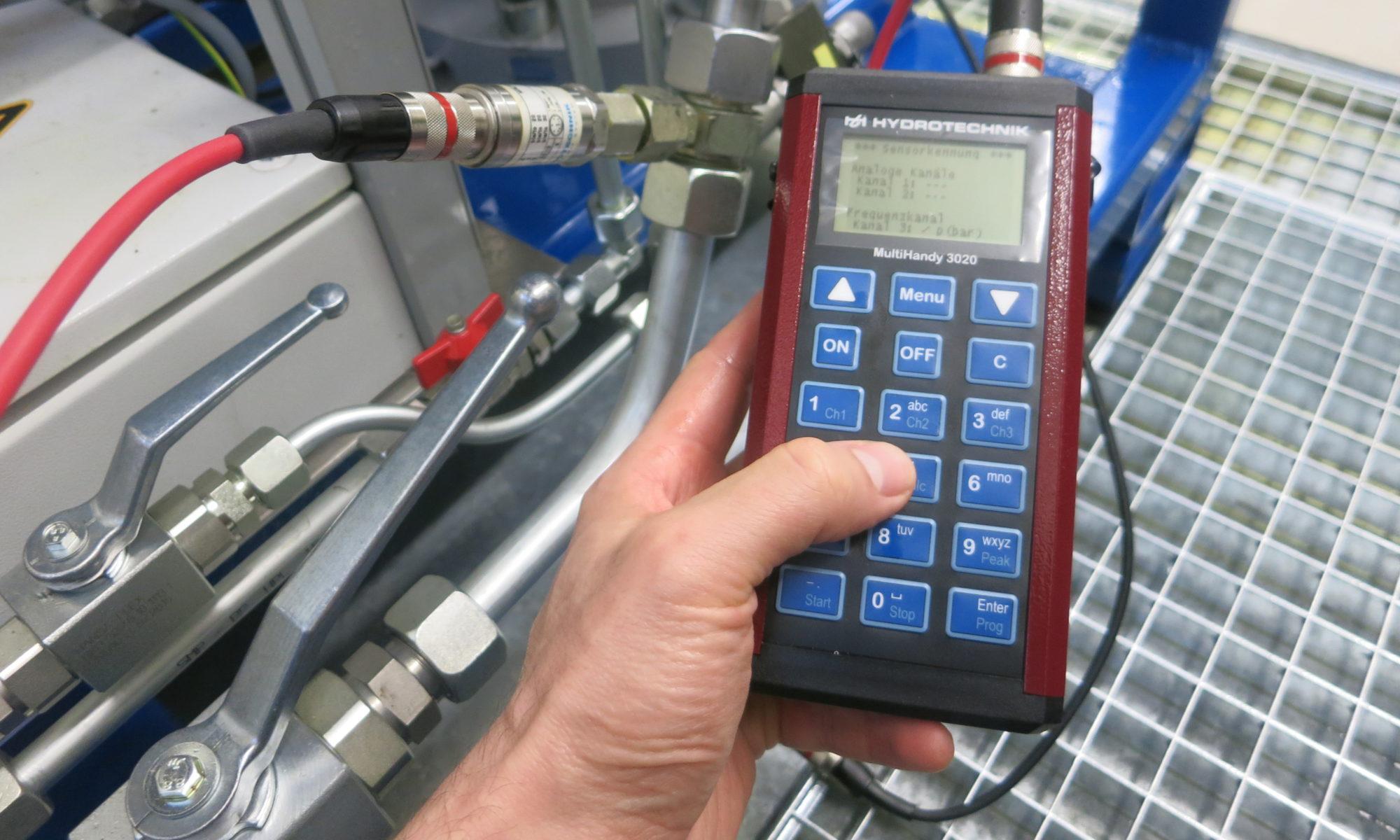 Measuring instruments | Sensors | Servohydraulics